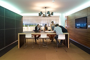 Multiple Collaboration Areas - Lion Office by PCG