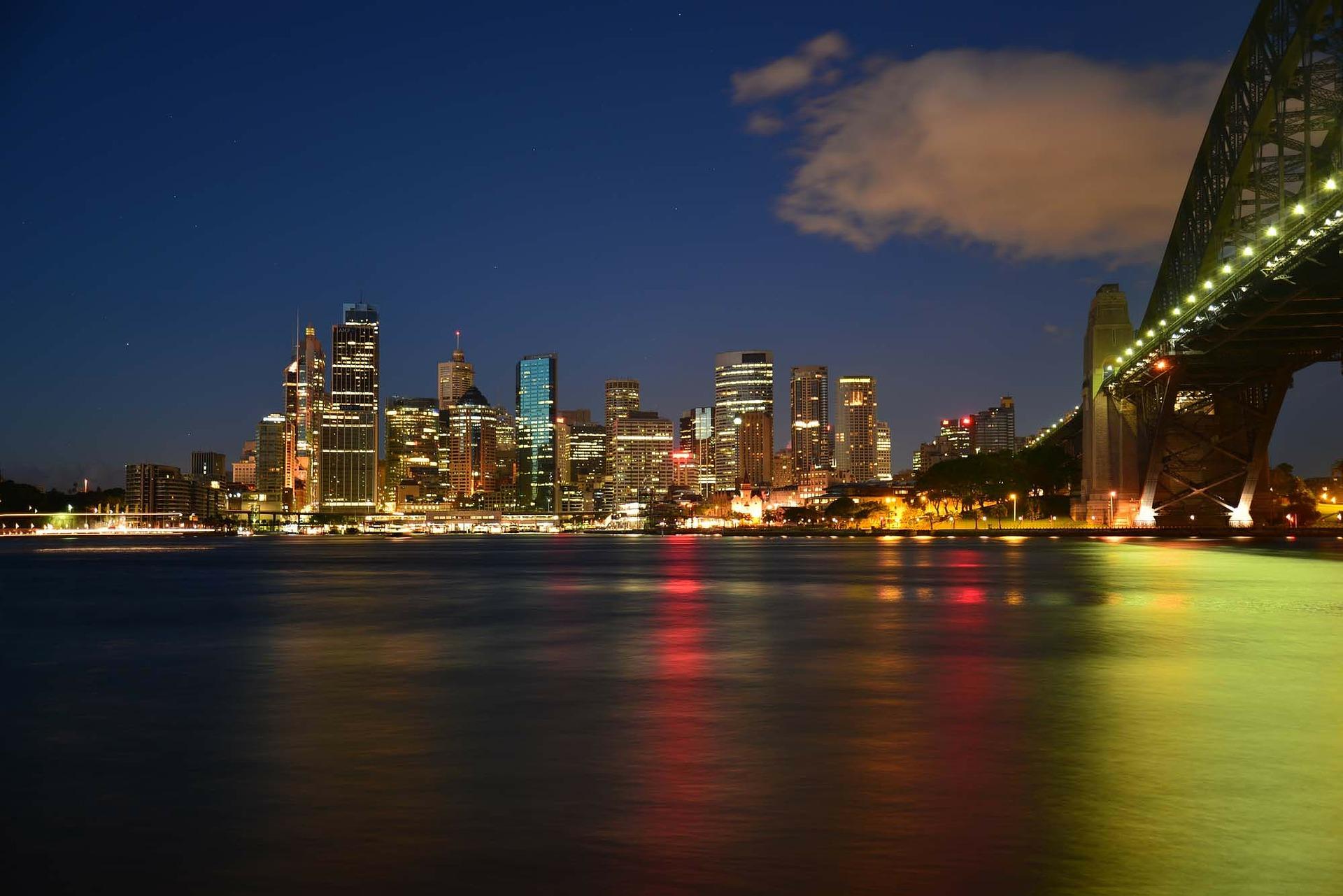 Sydney Harbour - Milsons Point