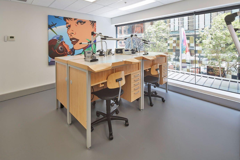 Breitling Australia - Service Centre