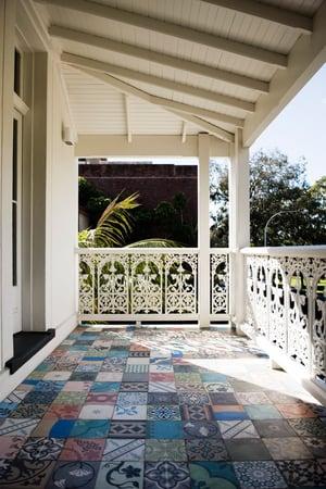 Oakburn Elizabeth Bay - Balcony
