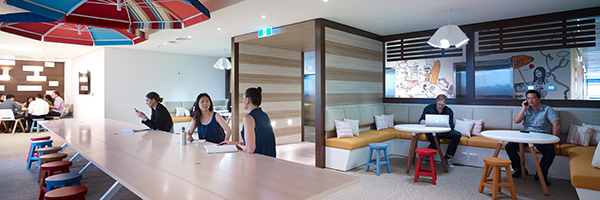 Multiple Collaboration Areas. Lion Office by PCG